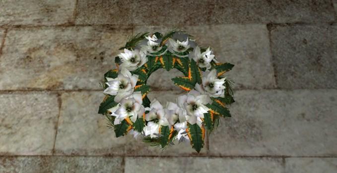 Couronne abondante de Poinsettias Blancs