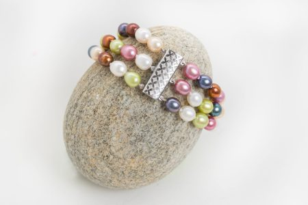 Earth Tone Pearl Bracelet 1
