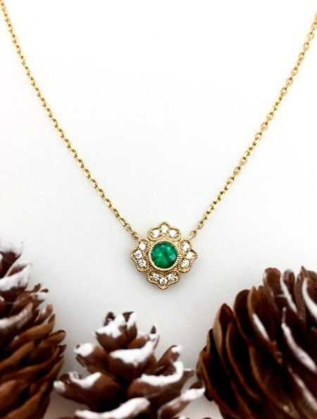 Emerald and Diamond Bloom Necklace 1