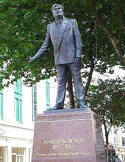 Bevan statue, Cardiff