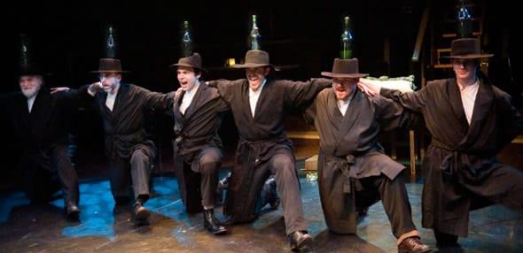 The bottle dance (Photo: Kirstine Christiansen)