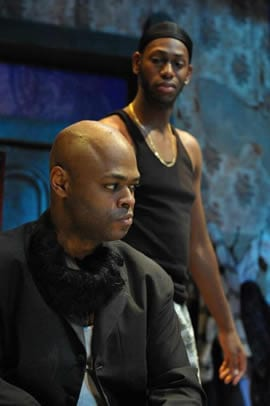 KenYatta Rogers as Lincoln and Eric Berryman as Booth. (Photo: Stan Barouh)