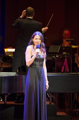 Sutton Foster and Maestro Steven Reineke (Photo: Scott Suchman)