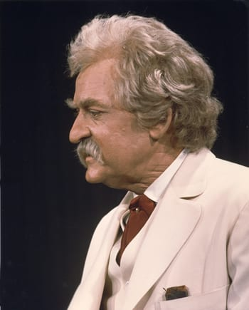Hal Holbrook as Mark Twain (Photo courtesy of the National Theatre)