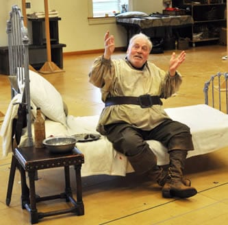 Stacy Keach rehearsing the role of Falstaff  (Photo: Elayna Speight)