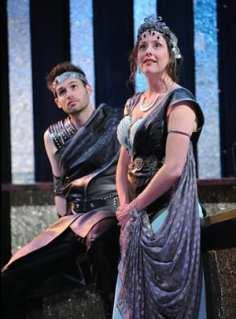 Matthew Schleigh and Dorea Schmidt (Photo: Stan Barouh)