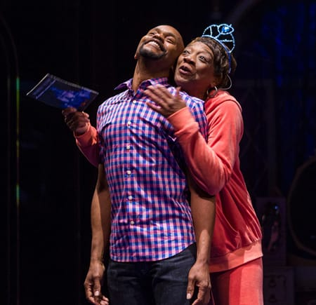 Forrest McClendon as Gil and Stephanie Berry as Aunt Glo. (Photo: Richard Anderson)
