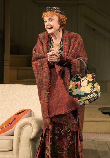 Angela Lansbury as Madame Arcati in the North American tour of Noël Coward's BLITHE SPIRIT. (Photo: Joan Marcus)