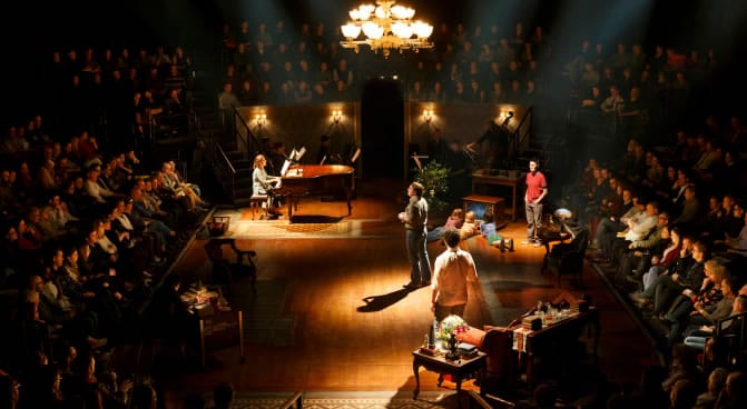 Fun Home at Circle in the Square (Photo: Jenny  Anderson)