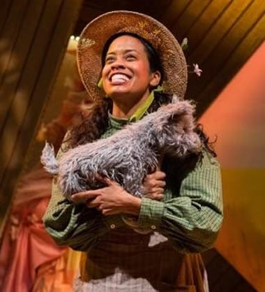 Paige Hernandez as Dorothy in The Wonderful Wizard of Oz at Adventure Theatre MTC