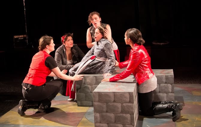 The cast of Henri IV: The Re-Gendered Henry IV Repertory (Photo: Claire Kimball)