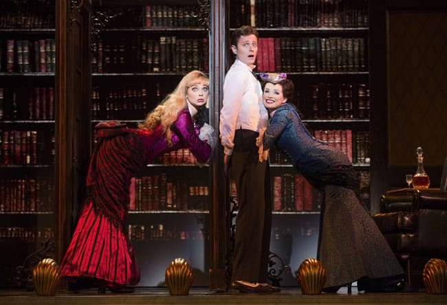 (l-r) Kristen Beth Williams as Sibella Hallward, Kevin Massey as Monty Navarro and Adrienne Eller as Phoebe D'Ysquith in a scene from A Gentleman's Guide to Love & Murder. (Photo: Joan Marcus)