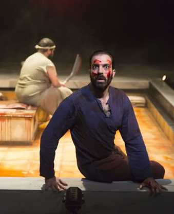 (l-r) Kenneth De Abrew and Ethan Hova in Guards at the Taj at Woolly Mammoth Theatre (Photo: Scott Suchman)
