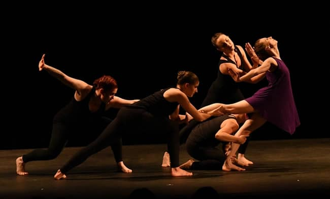 fusiondance performing Becoming (Photo courtesy of fusiondance)