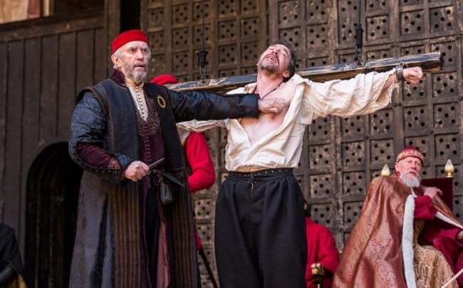 Jonathan Pryce and Dominic Mafham in Globe Theatre's The Merchant of Venice at the Kennedy Center (Photo courtesy of Globe Theatre)