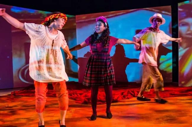 (l-r) Karen Morales, Melissa Strova, and Delbis Cardona in Volcanoes- Tales from El Salvador at GALA Hispanic Theatre (Photo: Stan Weinstein)