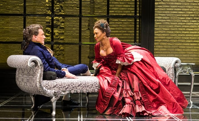 Brent Harris and Suzanne Douglas in Les Liaisons Dangereuses at Center Stage (Photo: Richard Anderson)
