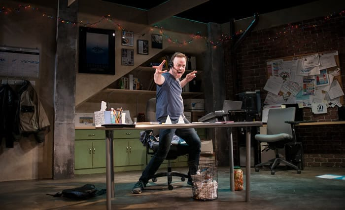 Tom Story as Sam in Fully Committed at MetroStage (Photo: Chris Banks)