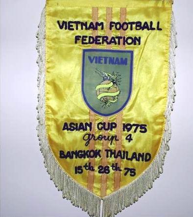 Cờ lưu niệm Tổng cục Túc cầu Việt Nam Cộng hòa. Nguồn: OntheNet