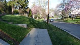A random véget érő járdák tipikus jellegzetességei az amerikai utcáknak
