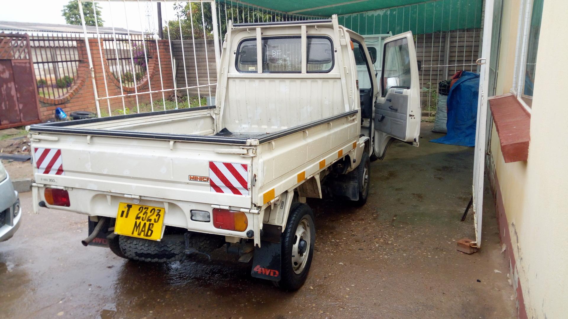 medium resolution of minicab truck