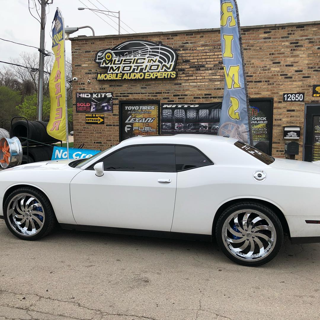 hight resolution of  musicinmotionalsipillinois musicinmotion dodge challenger gimawheels lexanitires mgpcalipercovers blue