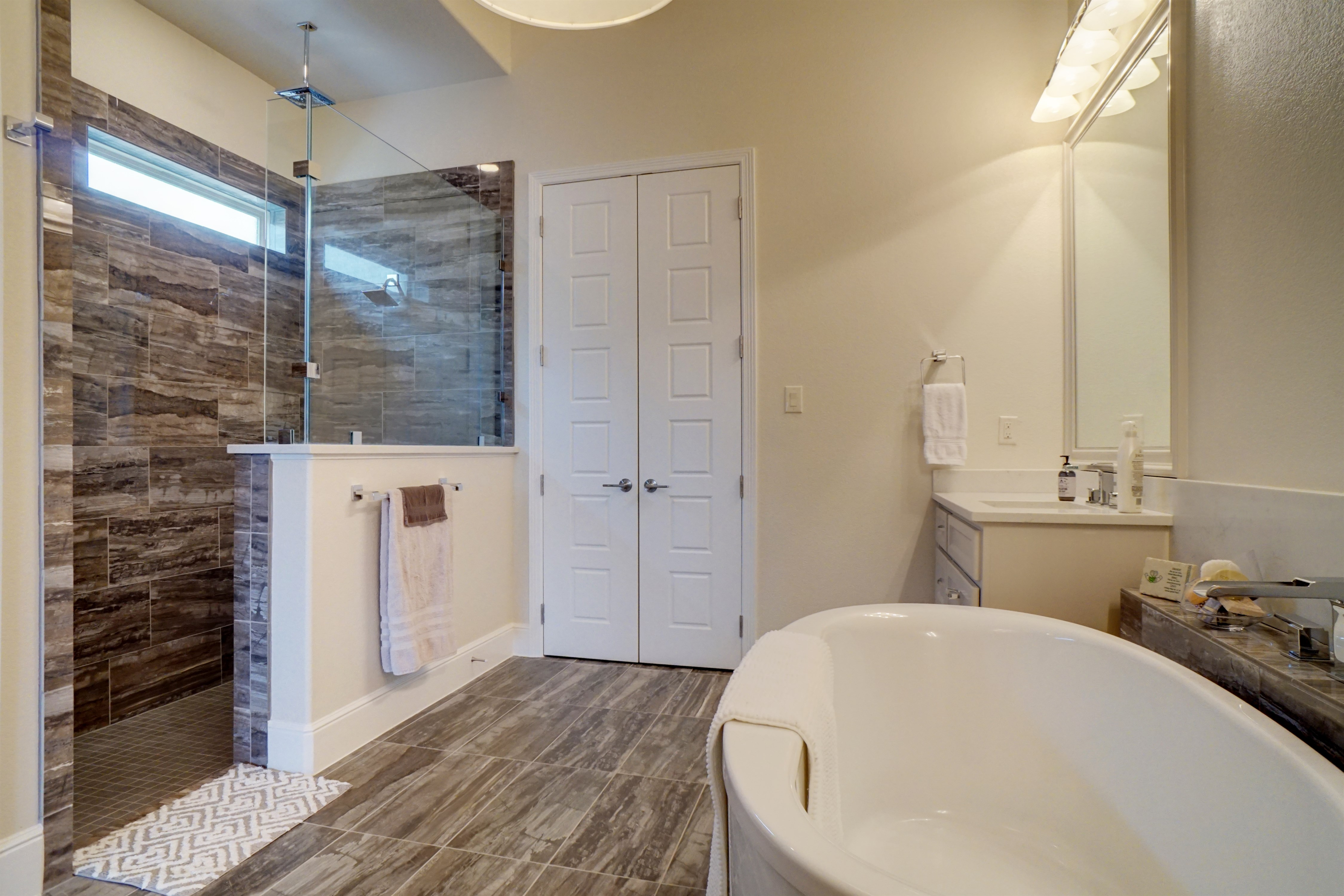 Houston Bathroom Remodeling Statewide Remodeling Houston Reviews Cabinetry At 100