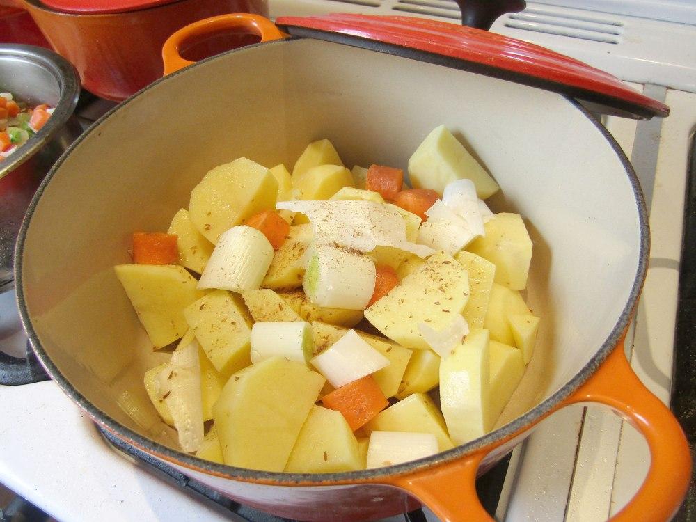 kartoffelsuppe von oma