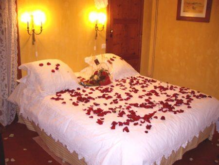 افكار لتزيين غرفة النوم للمتزوجين بالصور ابتكارات جديده