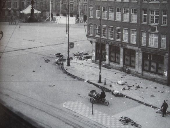Foto: Margreet Meijboom van Konijnenburg. Gemaakt vanuit de Bijenkorf.