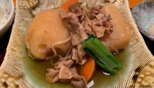 神楽坂の鳥茶屋本店で日替り定食の肉じゃが定食をランチでいただきました♪