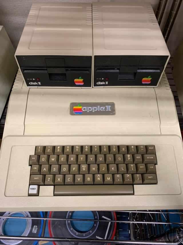 世界的なマイコンブームのキッカケの1機種がApple II。