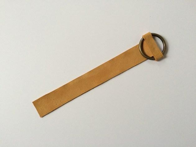 DIY-no-sew-celine-suede-brass-ring-bracelet-desmitten