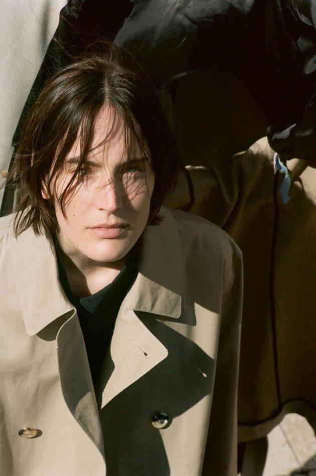 trench-coat-diaries-the-gentlewoman-editorial-2-desmitten