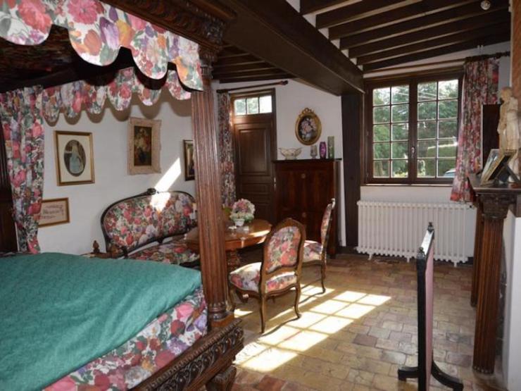 Vaste maison normande 240 m² environ8 pièces chambre