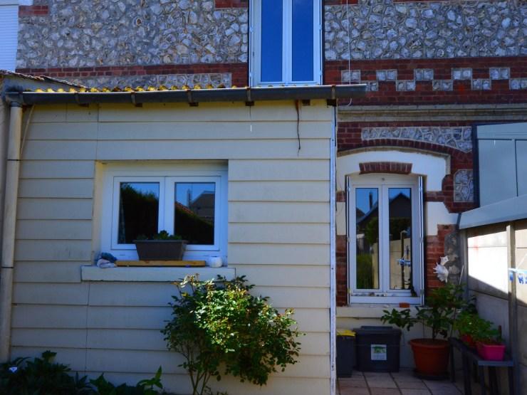 Maison jumelée F3+grenier+garage à Saint Romain