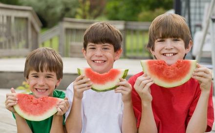 Kinder Ernährung, zum Schutz der Kinder