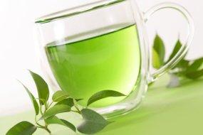 Grüner Tee um Gewicht zu verlieren und gesund zu werden