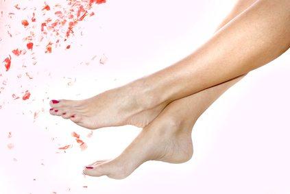 Beseitigen Sie Fußpilze mit diesen Hausmittel