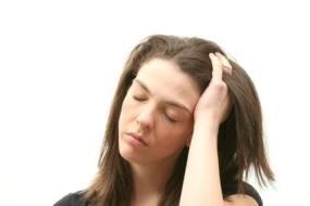 Dermatitis auf der Kopfhaut (seborrhoische Dermatitis)