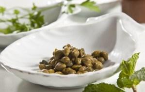 Köstliche Rezepte mit Kapern, die mediterranen Blumen