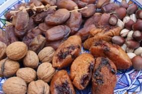 Nüsse und trockene Früchte: Eigenschaften und Nutzen für die Gesundheit