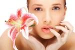 Naturkosmetik: Kosmetik Gesichtsbehandlungen und Naturkosmetik