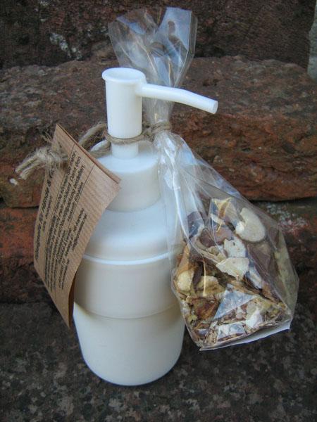 fluessige Seife mit Dispenser