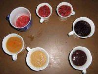 Früchte verarbeiten zu leckeren Süssigkeiten. Einfache Methode. eis hell bis dunkel