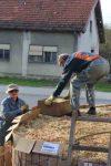 Heizen mit Biomasse - DIY mit wenig Geld Heizung bauen (Teil 1/4) Kiste mit Haeckselmasse