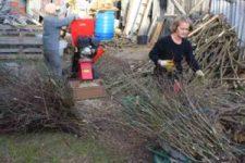 Heizen mit Biomasse - DIY mit wenig Geld Heizung bauen (Teil 1/4) viele Buendel