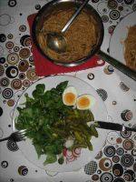 Feldsalat und Vollkorn-Spaghetti