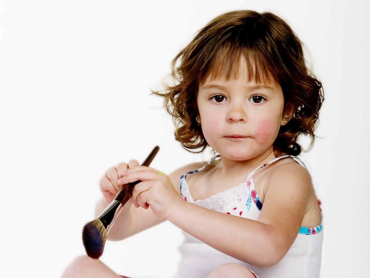 Nacken Lange Frisur Für Kleine Mädchen Haar Mit Naturlocken
