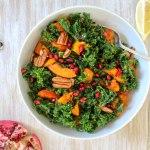 Grünkohl-Salat mit geröstetem Kürbis - vegan, glutenfrei, ohne Zucker - de.heavenlynnhealthy.com
